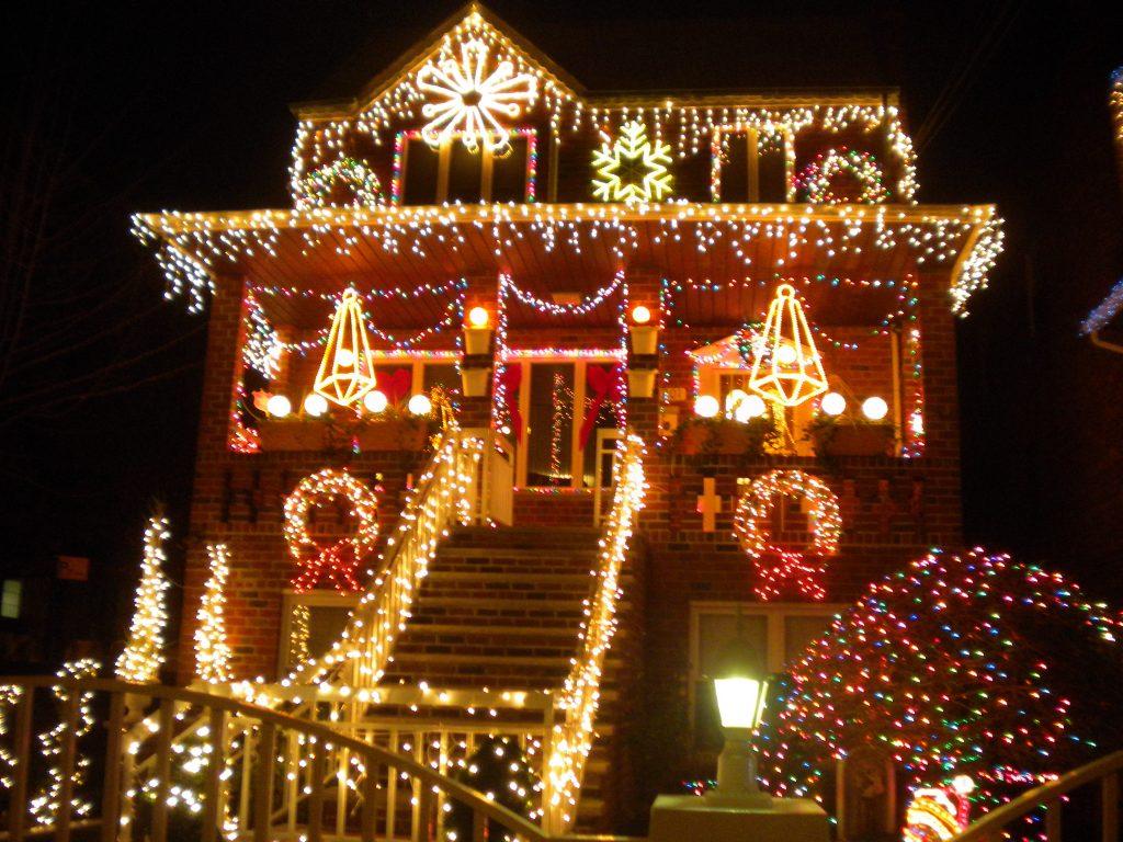 dyker-heights-christmas-lights