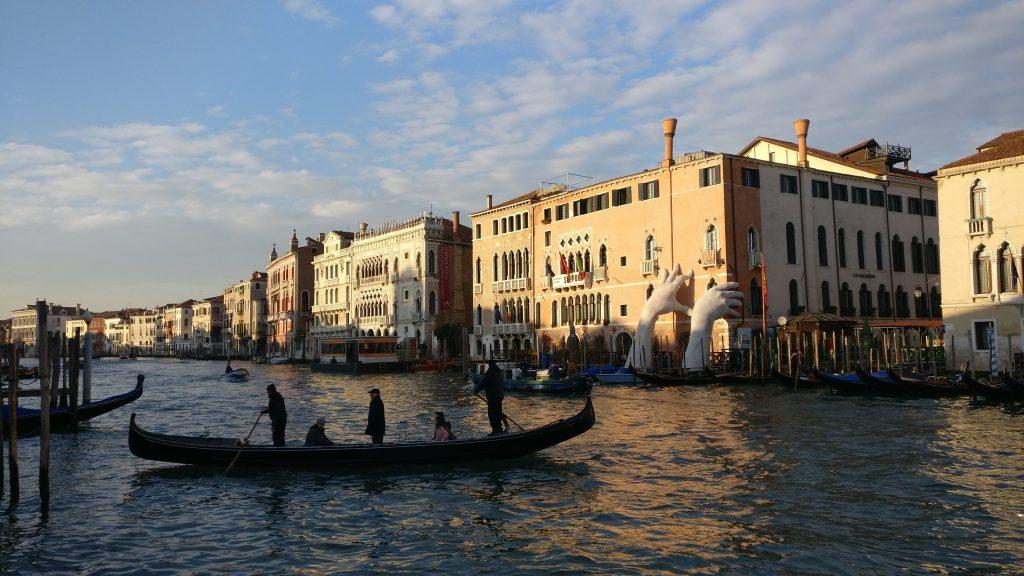 venezia-gondole-traghetto