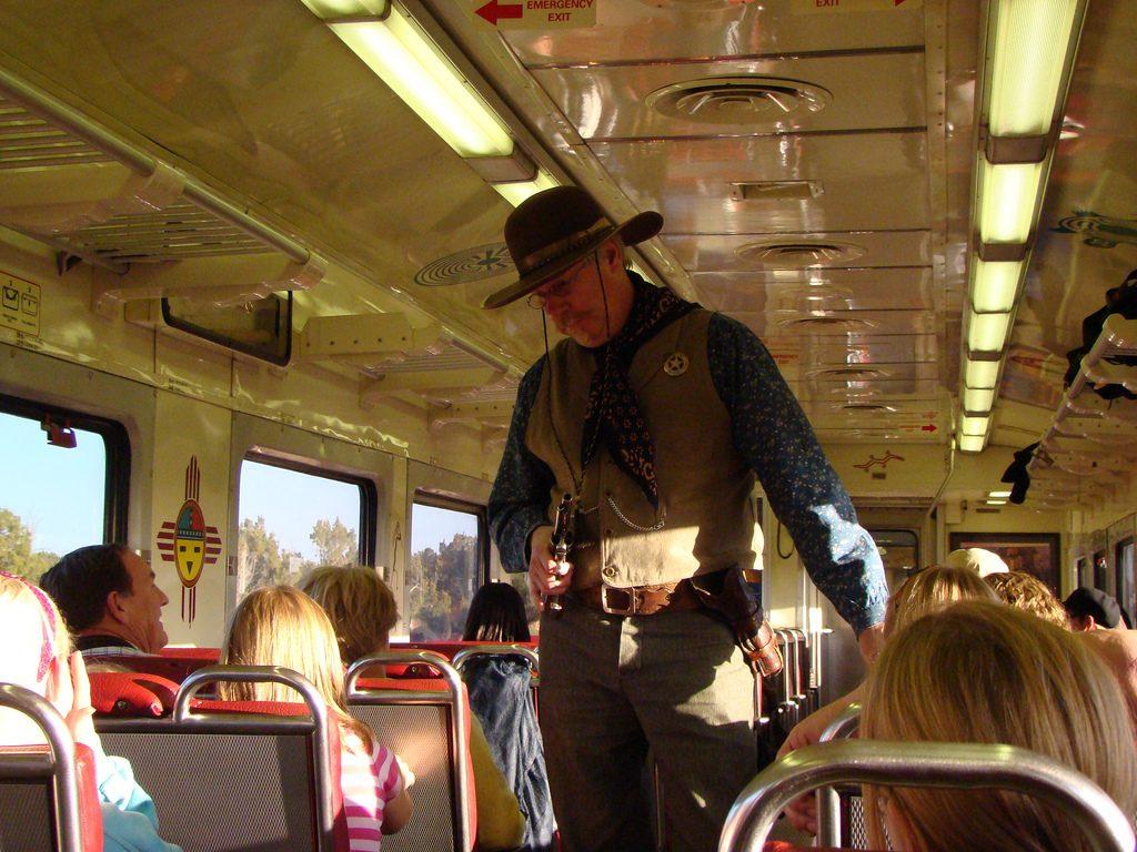 grand-canyon-train