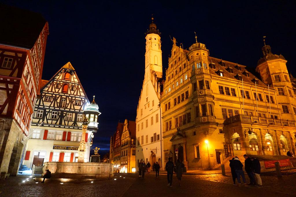 romantische-strasse-rothenburg-marktplatz