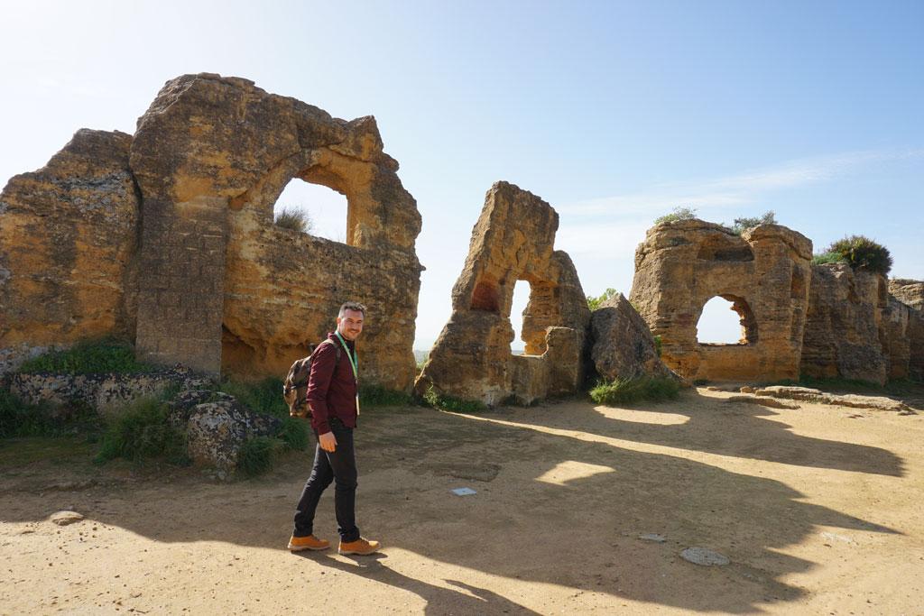 Le mura antiche di Akragas, nella Valle dei Templi di Agrigento