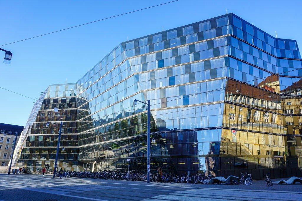 biblioteca universitaria friburgo