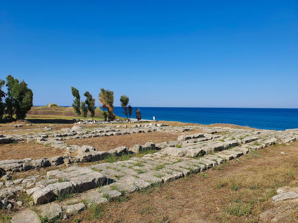 tempio di caulonia calabria