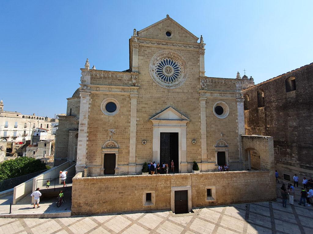 cattedrale gravina in puglia