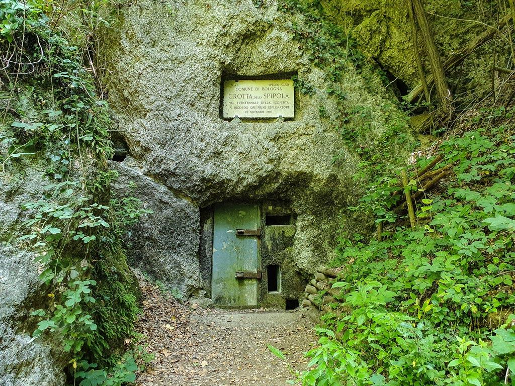 grotta della spipola bologna