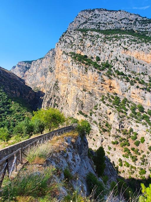 trekking civita ponte del diavolo