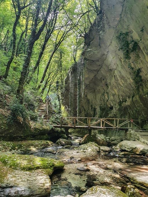 sentiero delle scalelle caramanico
